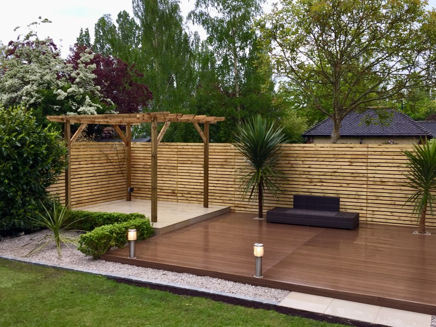 Andrew's Contemporary Decking Area