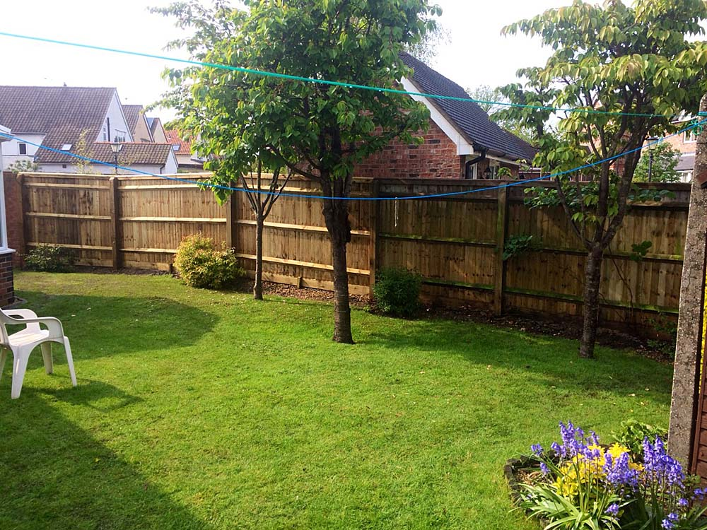 Ken's New Feather-Edge Fence